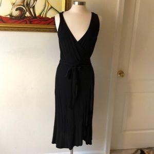 Black sleeveless Ann Taylor Dresss